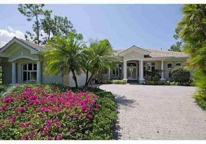 $1,295,000 Naples 3BR 3BA, Fantastic views! Relax on your lanai and