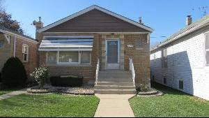 $155,000 Chicago 2BA, 3 BEDROOM BRICK RAISED RANCH WITH FULL BASEMENT