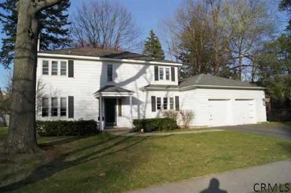 $229,000 Single Family, Colonial - Albany, NY