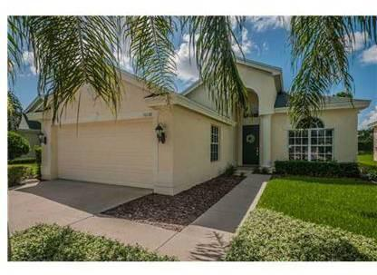 $234,900 New Port Richey 3BR, A velvety green lawn and vibrant