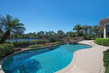 $2,395,000 Elegant Tuscany Isle Estate In Naples