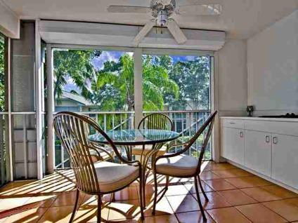 $379,900 Naples, Well maintained spacious 2 bedroom + den