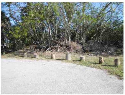 $39,900 Hudson, This over-sized waterfront lot is located on a