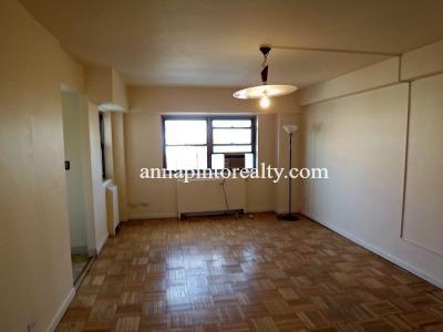 $529,000 270 Jay Street, Apt. # 10F, Bklyn, NY, OPEN HOUSE, SUNDAY, 4/19. 12:00 - 2:00PM