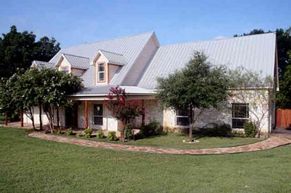 $530,000 Hill Country beauty in N Texas! Sprawling acreage with amazing views