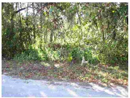$6,495 New Port Richey, This .18 acre lot is located on a paved