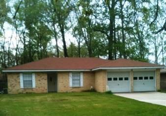 $74,500 Lake Livingston Home 3/ 2.5 /2 At Memorial Point Subdivision