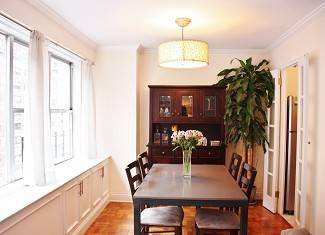 $899,000 New York 2BA, Motivated Seller! Sunny, spacious renovated