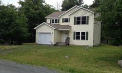 Pocono Custom Home, like new, move in condition.Eat in kitchen, ceramic tiled floor, plenty of kitchen cabinets and counter space, all appliances included; dining room, large living room, 3 spacious bedrooms with plenty of closet space. Includes master