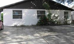 Investors special. This duplex features 2 bedroom, 1 bath units of 850 sq. ft. each. 1 w/tile, 1 w/ carpet, great room, eat in kitchen, 5 yr. old roof, 2 yr. old A/C's, walking distance to new rec center and senior center, North Bay Hospital, downtown NPR