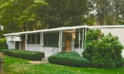 1971 SINGLE WIDE 868 SQ FT MANUFACTURED HOME LOCATED IN UPSCALE 55 + ADULT GATED PARK SITUATED JUST MINUTES FROM DOWNTOWN SPOKANE. LOW SPACE RENT OF $415. INCLUDES WATER, TRASH PICKUP AND SNOW REMOVAL. PARK AMENITIES INCLUDE SWIMMING POOL, SPA, LARGE