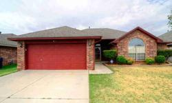 Beautiful 3 bedrooms within walkable distance to moore-bryant elementary! Lisa Mollman is showing 2717 SE 96th St in OKLAHOMA CITY which has 3 bedrooms / 2 bathroom and is available for $132000.00. Call us at (405) 210-8736 to arrange a viewing.Listing