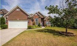 This beautiful 3 beds, two baths house located in a peaceful cul-de-sac near the entrance is a dream!