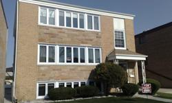 Attention multi condo owners, and Apartment Building Managers !Do you have a big size window job? TriStar Windows have a SPECIAL PRICE for you!For free consultation on the phone, call 708 293 1300 Need very good windows, with extra strong frame LowE and