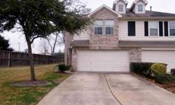 Wow!oak forest area for under $200,000. Approx 12 mis from downtown and 10 mis from the galleria with easy access to all major highways in houston. Penny Cretsinger is showing 5126 Prosperity Ci in HOUSTON which has 3 bedrooms / 2.5 bathroom and is