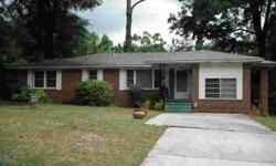 EAST HILL! Well Maintained Home in one of East Hills Best Locations. Bayou View from the Front Yard! This lovely home has lots of Room to Roam, inside and out. 2000 SF, with 3 Bedrooms & 2 Full Baths. This home offers a spacious Living Room, with adjacent