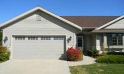 Very well maintained Condo on the south side of Sheboygan (Town of Wilson). If you need quality construction, this condo is for you! Berger builders, 3 bedroom, 3 full bath, 11 years young, 12' ceilings, beautiful high archways, 1st floor laundry,