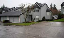 Desirable Mt.Vista community!Attached single family home in Quiet,serene location close to I-5 & I-205 exchange,Legacy Hosp & WSU Campus.Beautifully maintained, bay windows,Vaulted ceilings, tile counters & natural wood thru-out.2 master suites.Spacious