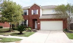 Immaculate, spacious 2 level home that shows like a model in highly sought-after stone gate community. KENT CHAMBERLAIN is showing 9626 Red Rugosa Drive in HOUSTON which has 4 bedrooms / 2.5 bathroom and is available for $220000.00.