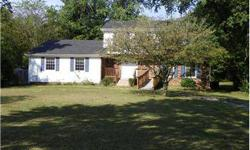 Great buy in Williamson County. Brentwood High School Zoning. This 1 won't last long at this price. 615-615-562-1766 today to schedule a property visit.Reggie Woodgett Broker, CDPE,, CIAS has this 4 bedrooms / 2 bathroom property available at 1211 General