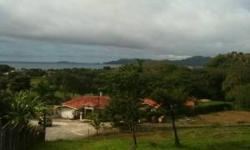 This beautiful ocean view lot (.21 acres, 851m20 land is located in Guanacaste Costa Rica, Los Altos De Flamingo #34 Playa Flamingo, close to the marina, stores, supermarket, restaurant and to the ocean. Located in one of the most secure developments in