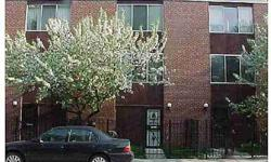 Charming 3 story 3 BDRM townhome condo w/2 full updated baths located at 1407 East 49th ST in Chgo, IL, in the historic Hyde Park-Kenwood neighborhood, which boasts the current home of President Obama. Central air and heat. Galley kitchen w/oak cabi