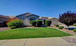 OPEN HOUSE SUNDAY 11-3....Gorgeous traditional sale in the heart of Gilbert. You can feel the Pride of Ownership throughout this 3 bedroom + Den - split floor plan. Recent upgrades include
