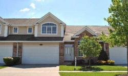 AMBERWOOD OF LEMONT-2650 SQ.FT. BARCLAY MODEL.2-3 BDRMS. 2-1/2 BATHS.TWO STORY FOYER, DINING ROOM LIVING ROOM W/VOLUME CEILING. HUGE KIT.& BREAKFAST AREA ,GATHERING ROOM OFF KITCHEN ALL APPLIANCES.1ST FLR. MAST.SUITE W/2 CLOSETS AND LARGE BATH