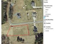Beautiful building lot in upscale subdivision 1/2 mile from Kerr Lake Country Club and 2.5 miles from Satterwhite Point Recreation Area on Kerr Lake.