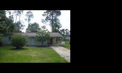 INVESTORS SPECIAL! THIS 3 BEDROOM AND 2 BATH HOME IS A GREAT DEAL FOR THE FIRST TIME HOMEOWNER OR FOR INVESTMENT PROPERTY. NICE HOME THAT NEEDS A LITTLE TLC. THERE IS A PARTIALLY UNFINISHED GUEST HOUSE THAT COULD BE FINISHED INTO A GREAT MAN CAVE, KID'S