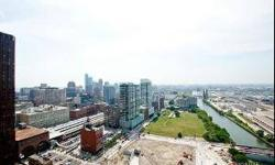 1st tier to sell out and easy to see why! Mesmerizing south (incl stunning river, city and lake!) and west views (incl willis tower) plus two terraces -incl a wrap around - and a fantastic layout. Clare Spartz has this 2 bedrooms / 2 bathroom property