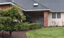 Large four beds 2.5 bathrooms rambler located in the ridge in federal way. Dan-O is showing this 4 bedrooms / 2.5 bathroom property in Federal Way. Call (253) 381-6398 to arrange a viewing. Listing originally posted at http