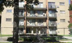 FORECLOSED PROPERTY AWAITING NEW OWNERS ONE OF THE LARGER UNITS IN THE BUILDING FEATURING 2BEDROOMS WITH A GREAT VIEW OFTHE PARK.This property is eligible under the Freddie Mac First Look Initiative through 10/24/2012 OWNER OCCUPIED BUYERSONLY THRU THIS