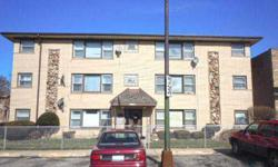 Nice 1 beds, one baths condominium unit. The unit features hard wood floors, neutral colors and spacious living room windows. Helen Oliveri is showing 8164 W Forest Preserve Dr 2e in Chicago, IL which has 1 bedrooms / 1 bathroom and is available for
