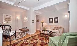 """PRICE REDUCED TO SELL!!! """"HOME SWEET HOME"""" is this mint and OH-SO-QUIET one bedroom, one bath home with SEPARATE DINING ROOM in a Rosario Candela Pre-War/Full Time Doorman Building. The California style kitchen boasts Granite Countertops and opens onto"""