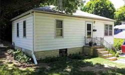 Good deal on this bungalow in Plainfield. Walt O'Riley is showing 415 Sleepy Hollow Drive in Plainfield which has 2 bedrooms / 1 bathroom and is available for $50000.00. Call us at (317) 754-5046 to arrange a viewing. Listing originally posted at http