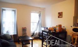 Gorgeous floor-through true 3BR in Brooklyn`s best neighborhood - Park Slope. The apartment occupies the entire floor and boasts an open kitchen and lots of sunlight! Enjoy the convenience of tenant-controlled heat. In a FANTASTIC location, this great