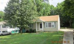 Nice well kept cottage in an established neighborhood near Lowes, Publix, and resturants. Hard to find similar buy in area 77. Listing originally posted at http