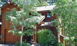This is a beautiful south side end unit with a peaceful deck facing the creek and the forested green space. The setting is very private, with a cul-de-sac access that has little or no traffic, and views into a lushly landscaped common area on the entry