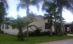 1998 palm harbor bought new as a model home . 1456 square ft . Listing originally posted at http