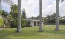 OLDE NAPLES PROPERTY zoned R1-7.5. ATTENTION ALL BUILDERS AND DEVELOPERS. Single family residence district will allow for a total footprint of 3,852 sq. ft. Only 7 blocks to the Gulf, 2 blocks to Crayton Cove and the City Docks. Property abuts to an alley
