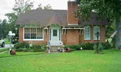 8/25/2012 charming cottage style home located on 1.23 acres in gilbert. Kathy Morris is showing 148 Second St in Gilbert, LA which has 2 bedrooms / 1 bathroom and is available for $95000.00. Call us at (318) 237-9623 to arrange a viewing.Listing