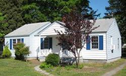 This 2 bedroom, 1 bath Bungalow would make a great starter home and is conveniently located to the Shipyard, I-64 and I-664. Some of the other great features include; a big kitchen with freezer/island, kitchen appliances and washer/dryer, pantry, updated