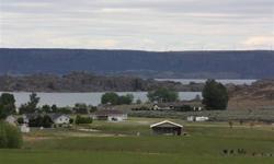 Breathtaking views of banks lake & steamboat rock!!