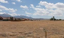1.47 acres with 2 acre feet of Ken's Lake irrigation water. Shared well, and power to the lot right in the cul-de-sac. Wonderful unobstructed views of the La Sal Mountains and the famous Moab Slickrock. Motivated Seller!Listing originally posted at http