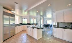 Voluminous architectural home with high vaulted ceiling, located in a prime area. The home has large rooms that feature large windows which boast breathaking views of the canyon and city. Amazing chef?s kitchen with state of the art stainless appliance