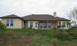 If you like wildlife and nature but still like to be in the city then this is the house for you. Angelique Rendon is showing 42 Virginia Hills in Corpus Christi which has 3 bedrooms / 2.5 bathroom and is available for $2500.00. Call us at (361) 225-7900